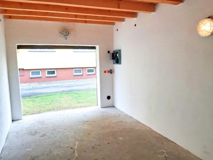 byt s garáží
